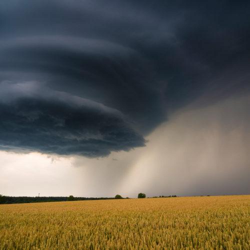 Eine Superzelle in Sachsen kann große Unwetter bringen.
