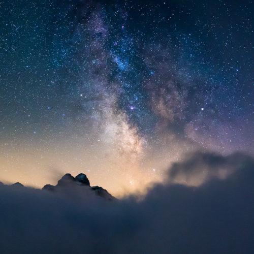 Über dem Nebel kann man die Milchstraße gut fotografieren.