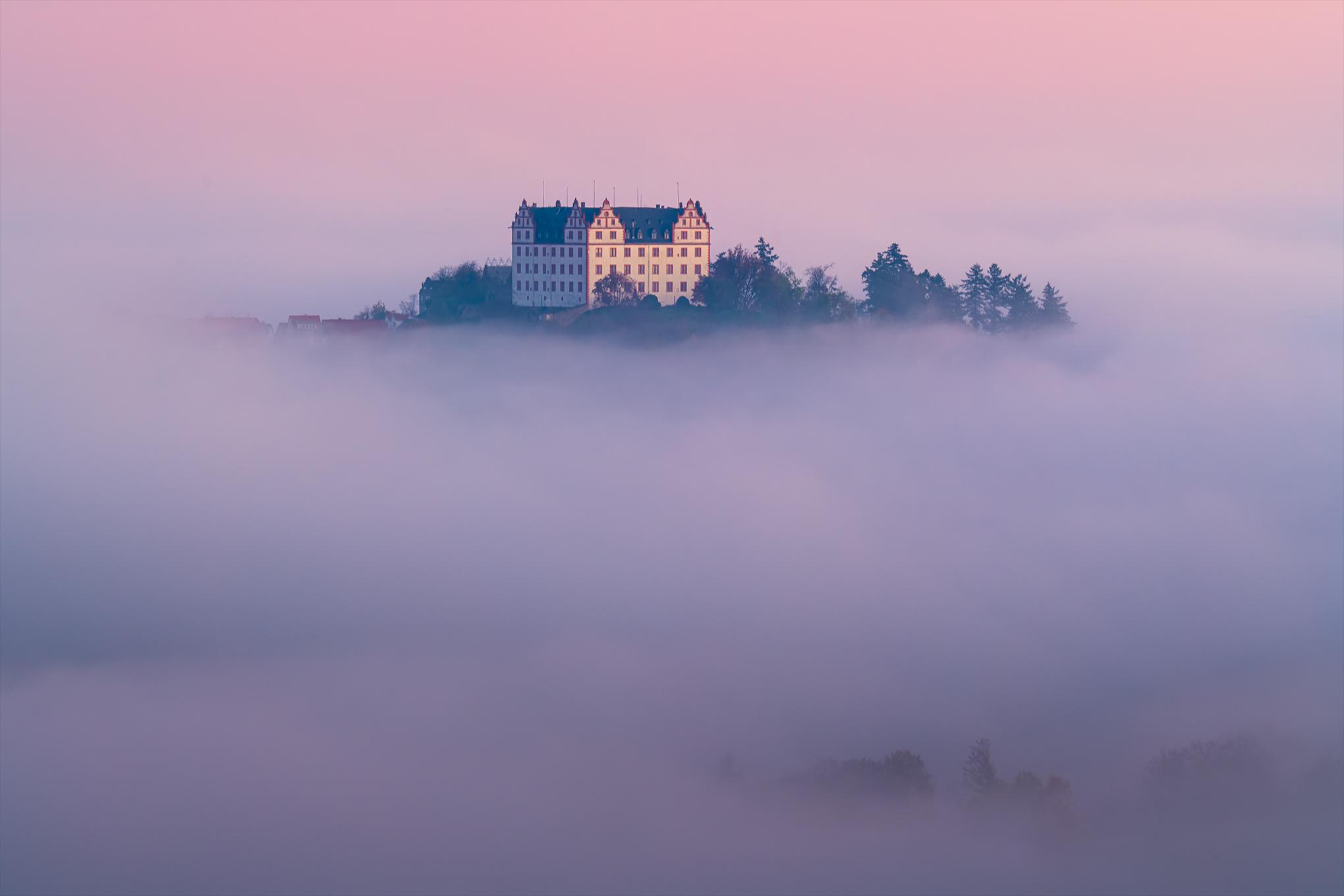 Schloss Lichtenberg im Fischbachtal